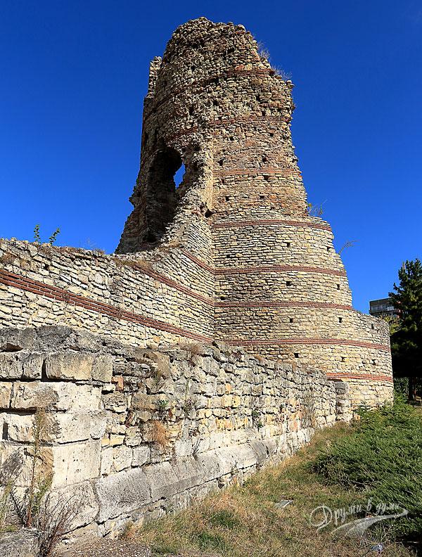 Крепост Кастра Мартис: югоизточната кула
