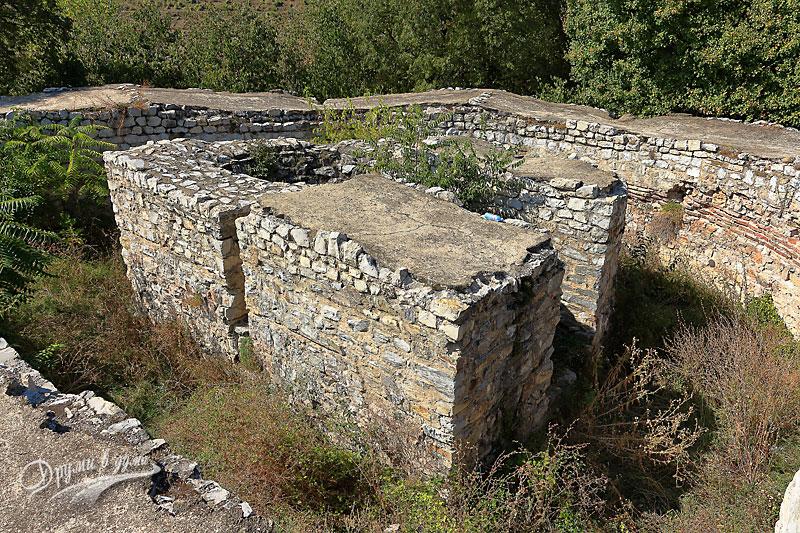 В крепостта Кастра ад Монтанезиум: кулата