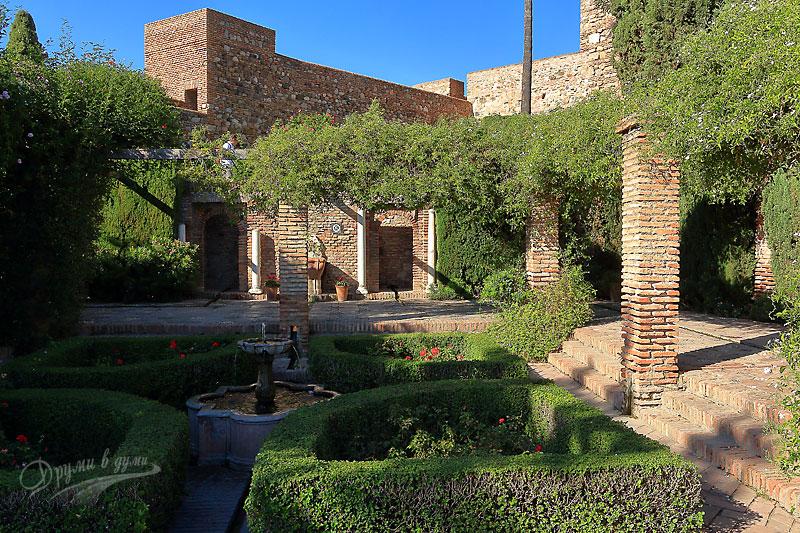 Малага: замъкът Алказаба