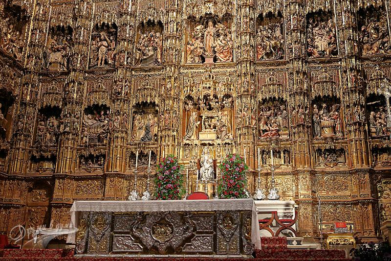 Катедралата Санта Мария де ла Седе: главният олтар