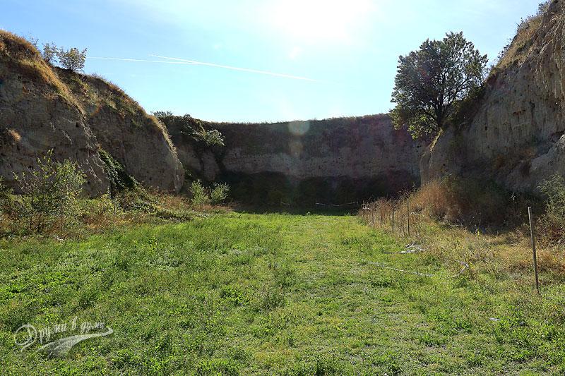 Село Караново - Селищната могила