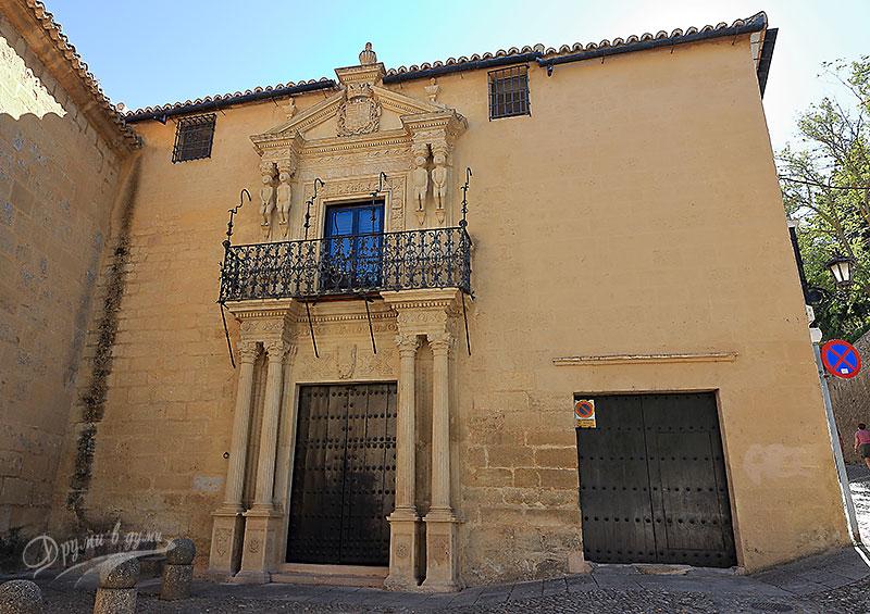 Дворецът на маркиз Салватиера
