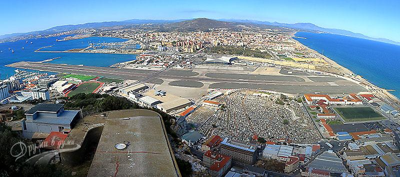 Гибралтар: пистата на летището отвисоко