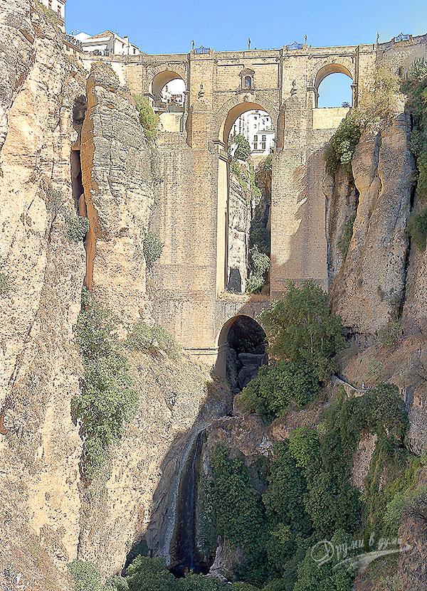 Ронда: водопадът под Новия мост