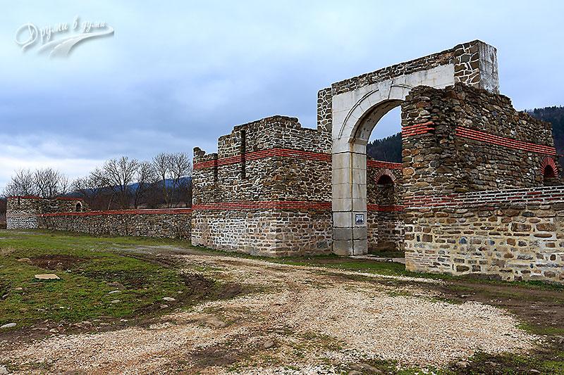 Крепост Состра край Троян