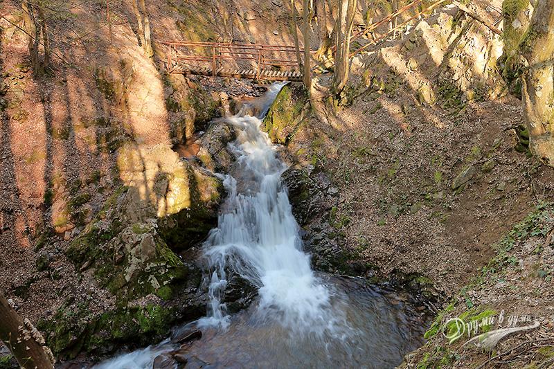 Вършец: водопад Райски кът