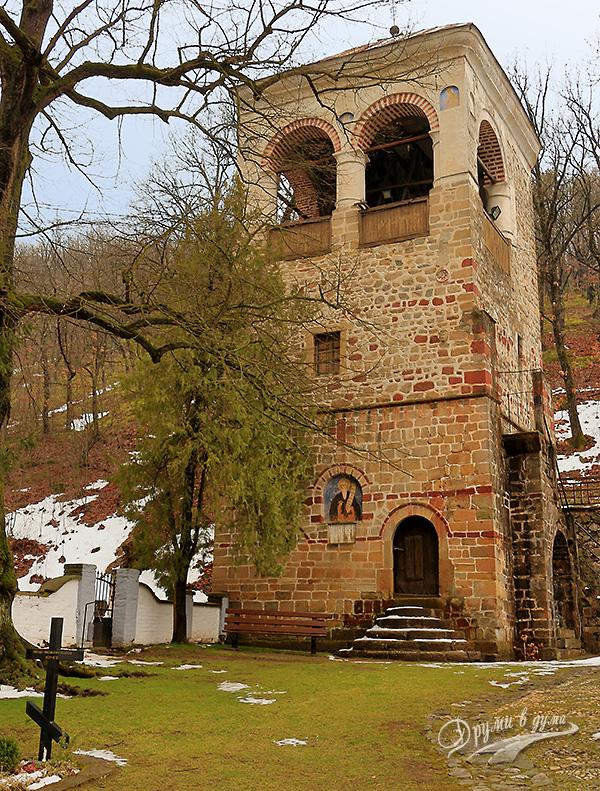 Манастир Св. Роман - камбанарията