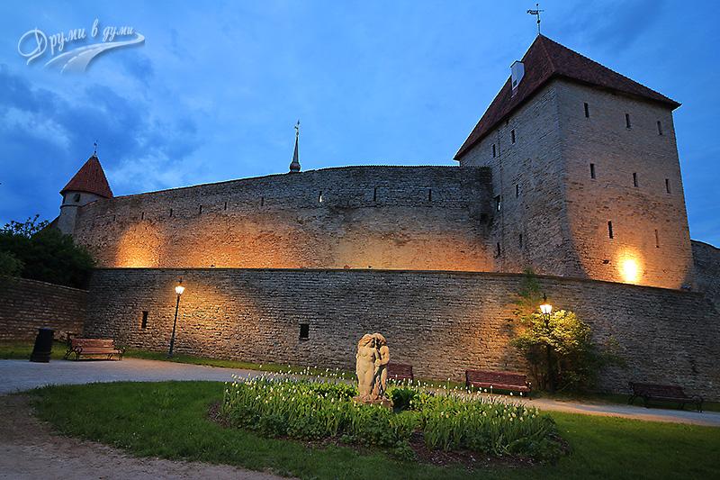 Талин: крепостните стени