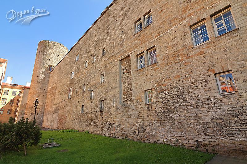Замъкът Томпей