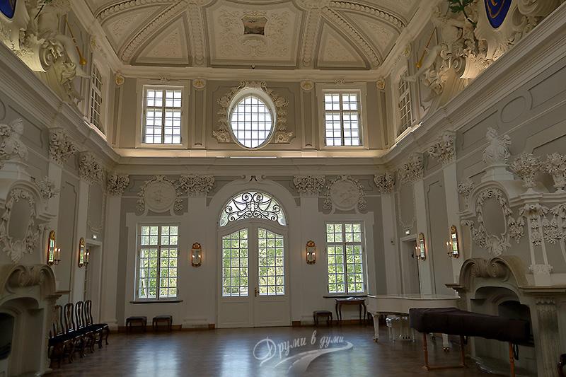 Дворецът Кадриорг