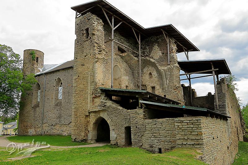 Средновековен манастир Падизе