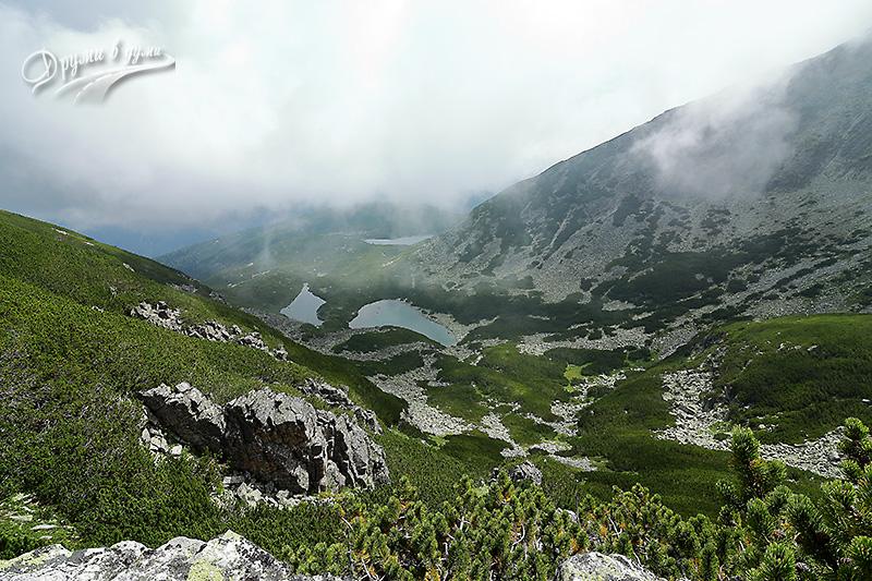 Саръгьолски езера - поглед от скалата