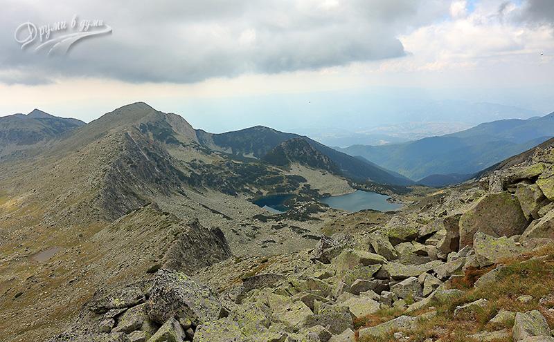 Георгийски езера и връх Синаница в далечината