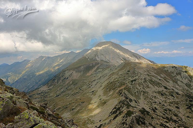 Връх Вихрен и Кончето, поглед от Муратов връх