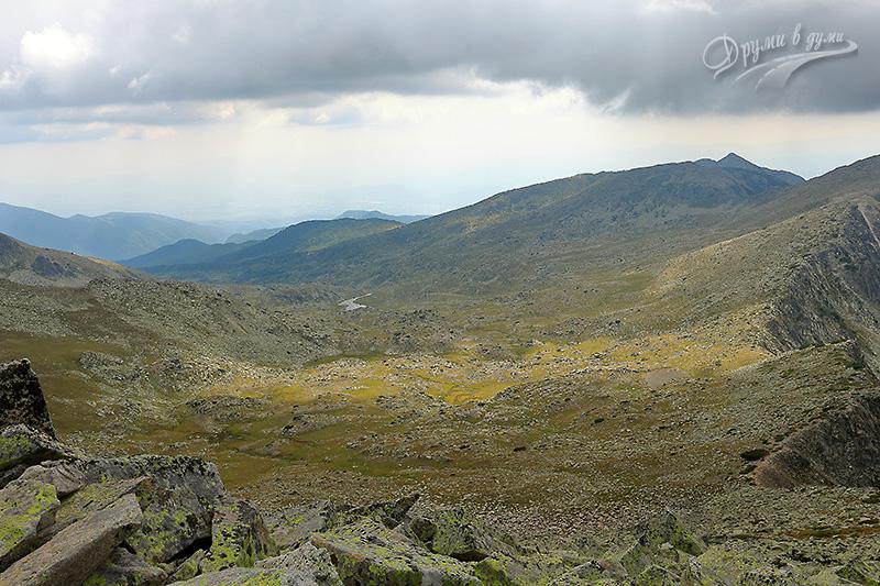 Спокойното Спано поле - поглед от Муратов връх