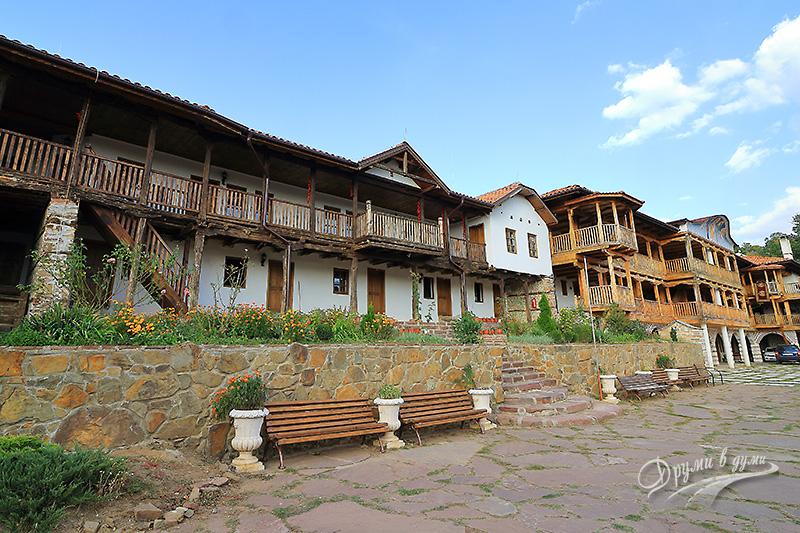 Гигински манастир: манастирските сгради