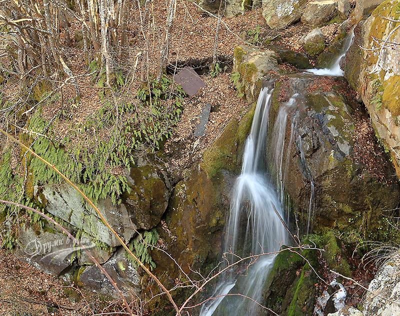 Горната част на долните водопади