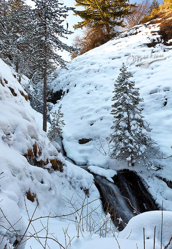 Водопад Костен камък - гледан отгоре