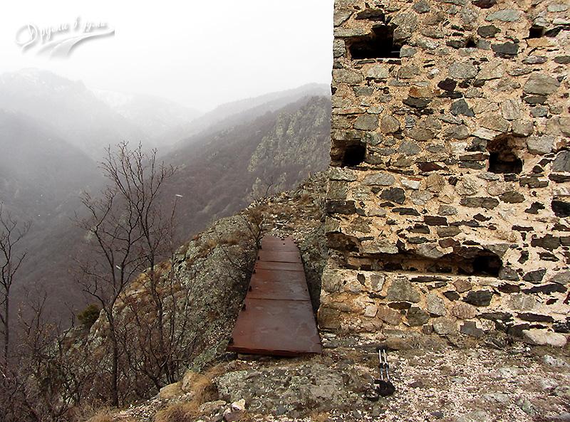 Подход към северната кула