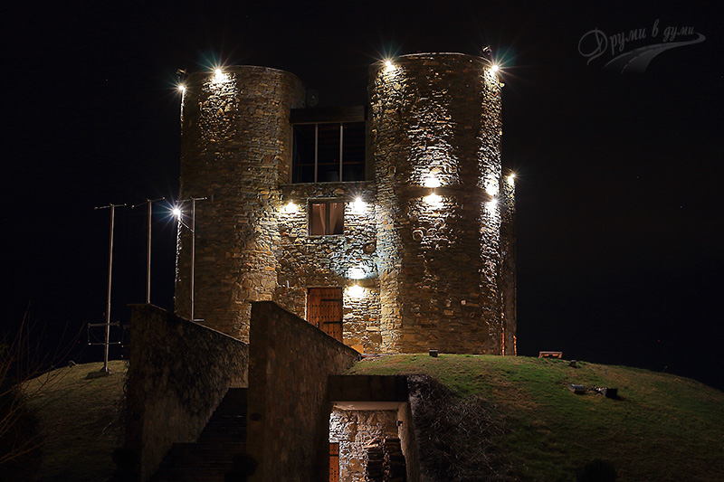 Chateau Copsa at night