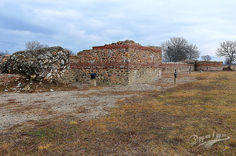 Никополис ад Нестум: разходка покрай крепостните стени