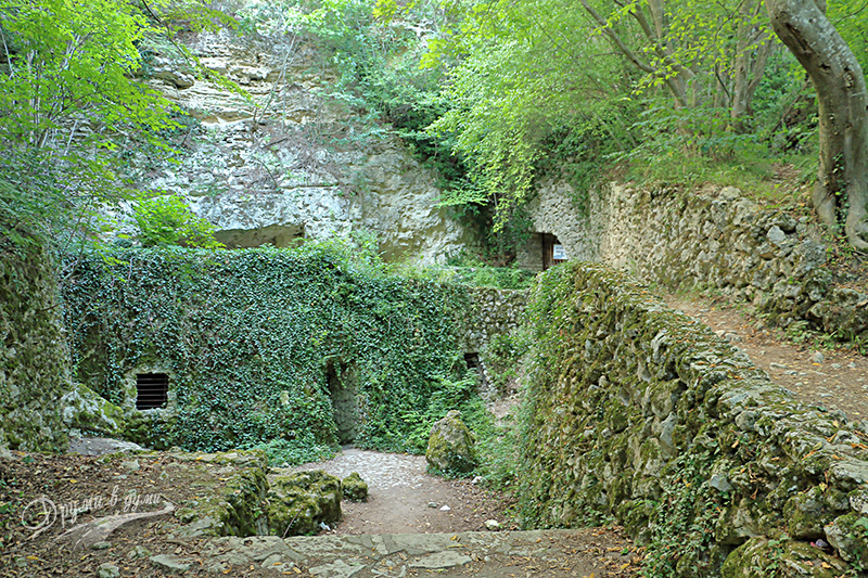 Aladzha Monastery - Catacombs