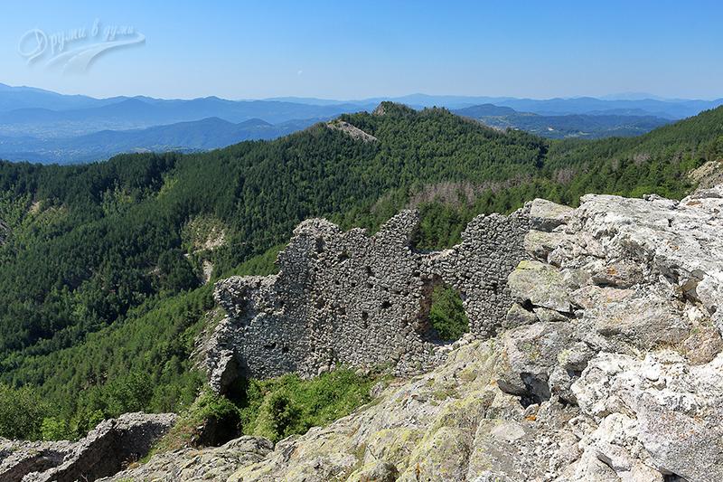 Крепост Устра на високо