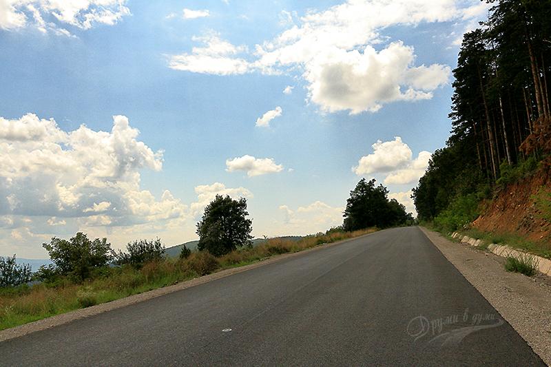 Родопската магистрала между Ивайловград и Крумовград - има и някои прави участъци