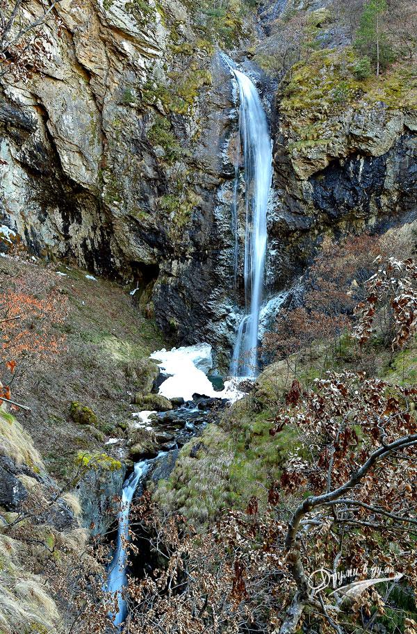 Водопад Горица в целия си ръст