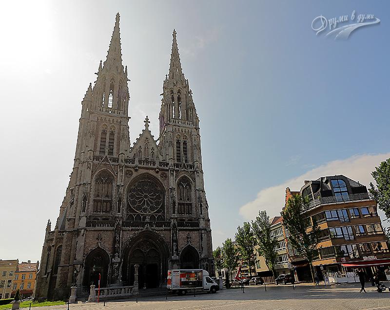 """Остенде: катедралата """"Св. св. Петър и Павел"""""""