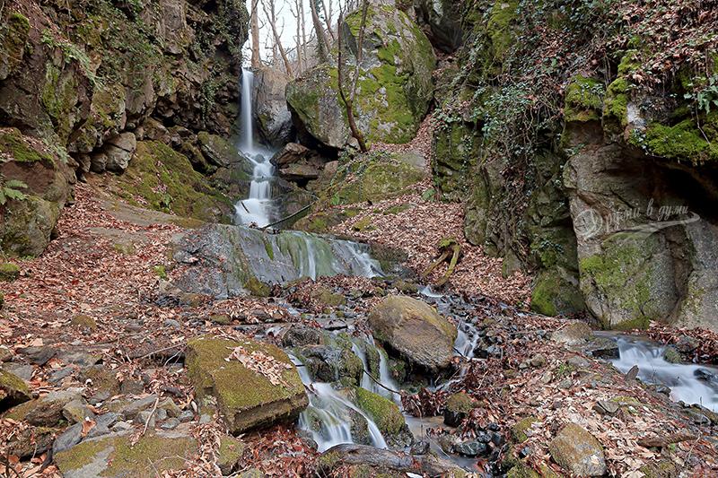 Водопад Яворница