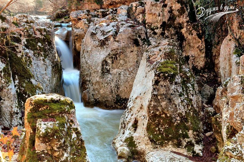 И още един водопад на река Андъка