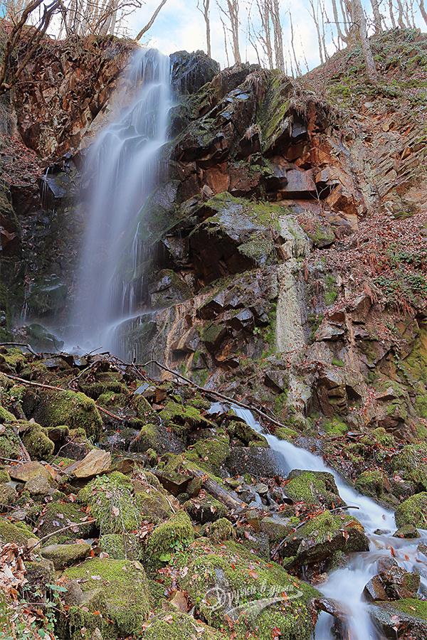 Водопад Мангъро в целия си ръст