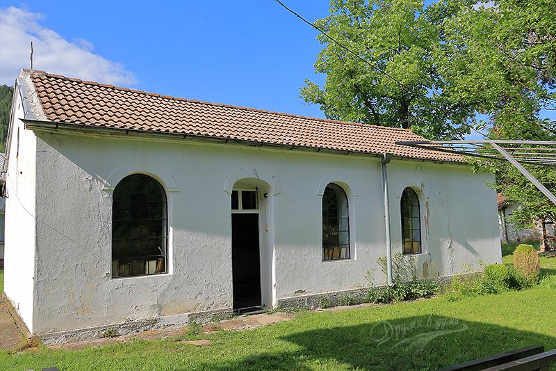 Чепърлински манастир - църквата