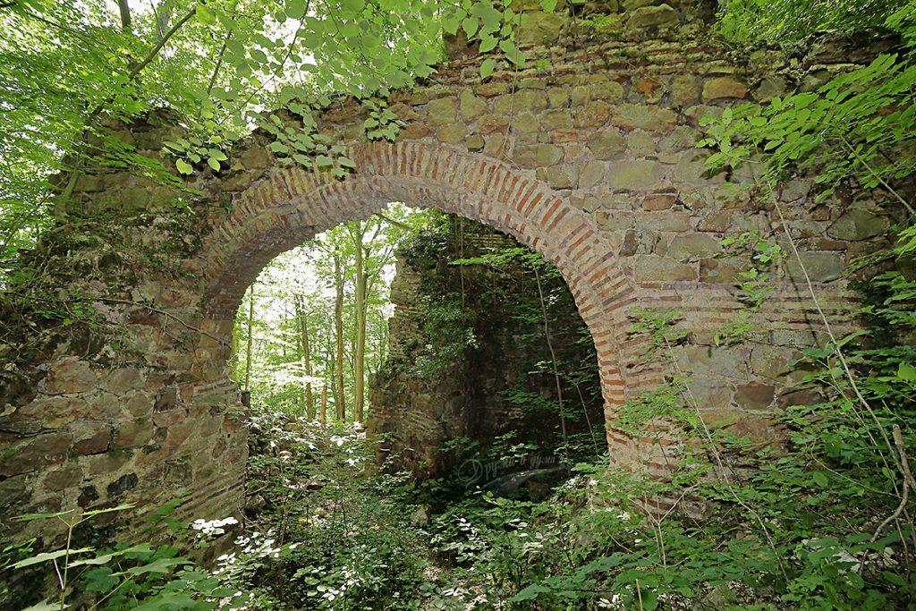 Красивата арка от Хърсовград