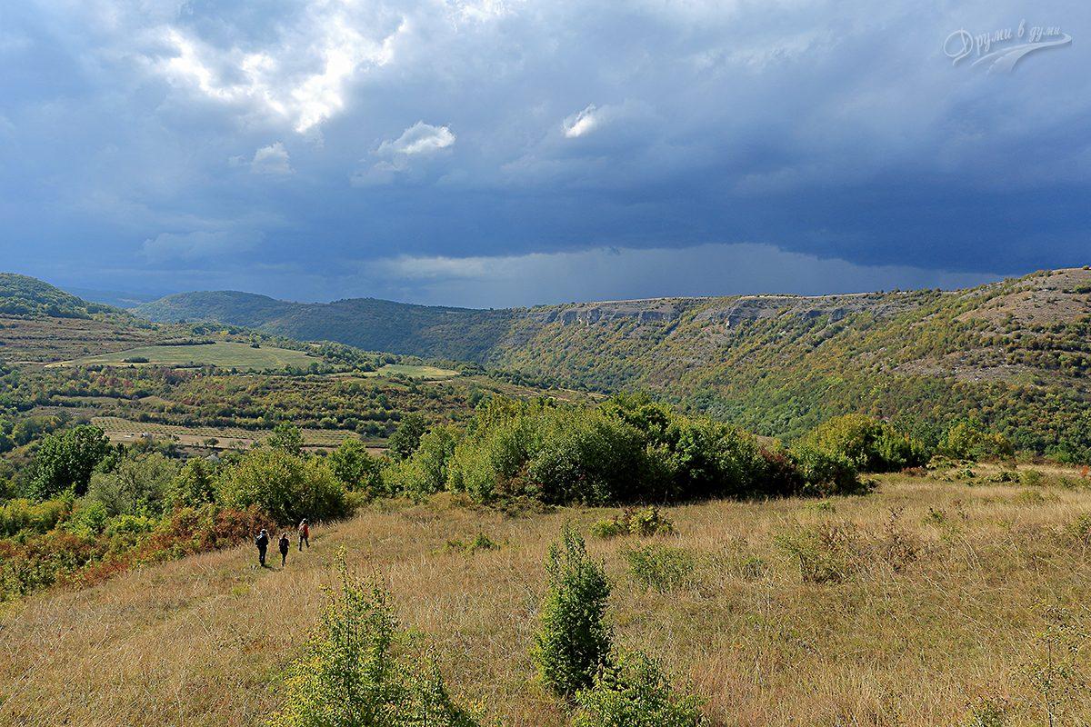 На слизане от връх Глава, Ослен Криводол