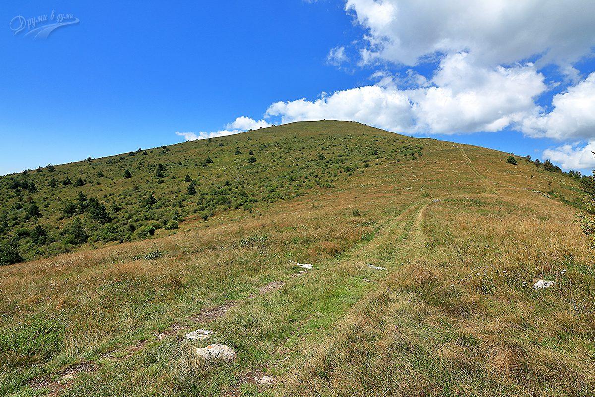 И след височината ... пак височина, стръмното сякаш няма край