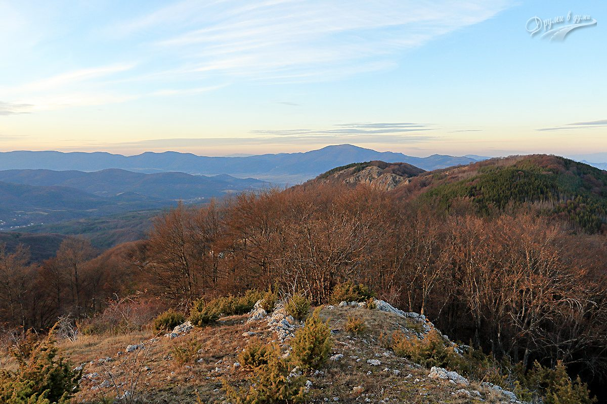 Връх Каменитица - връх Руй на хоризонта