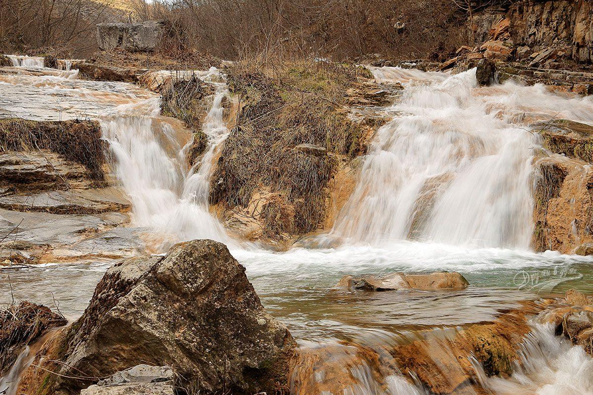 Още водопади в Петренския дол