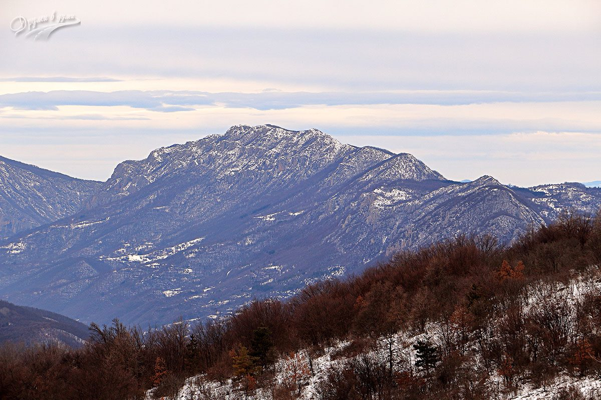 Големи връх - гледка на север към Гребен планина