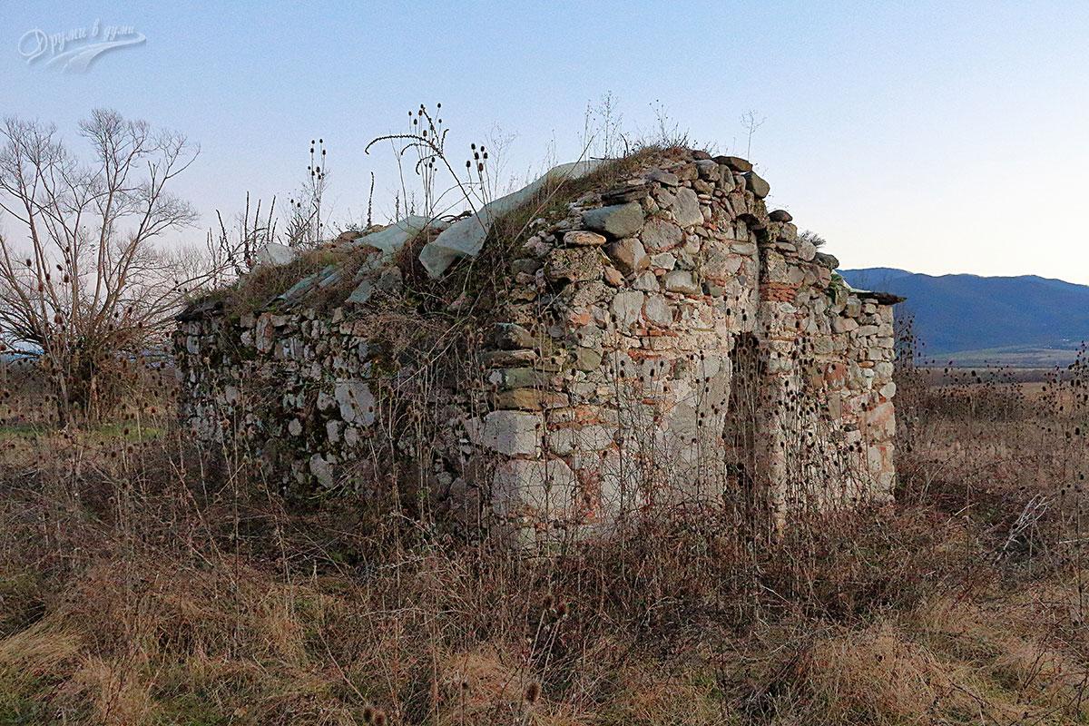 Църквата Свети Георги до село Трудовец - паметник на българската средновековна култура