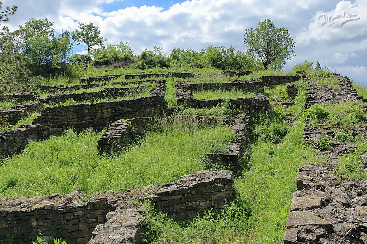 В крепостта: помещенията в североизточната част