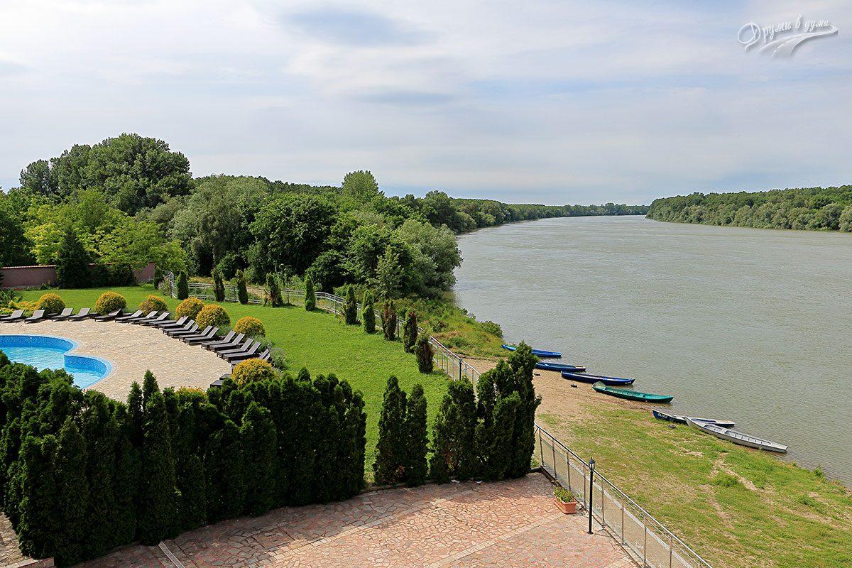 Хотел Престиж в Белене и красивата гледка към Дунава