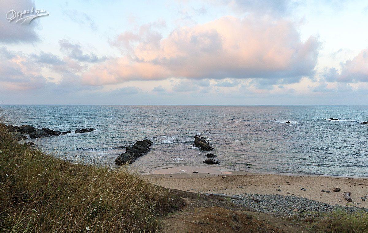 Към плаж Липите до Синеморец