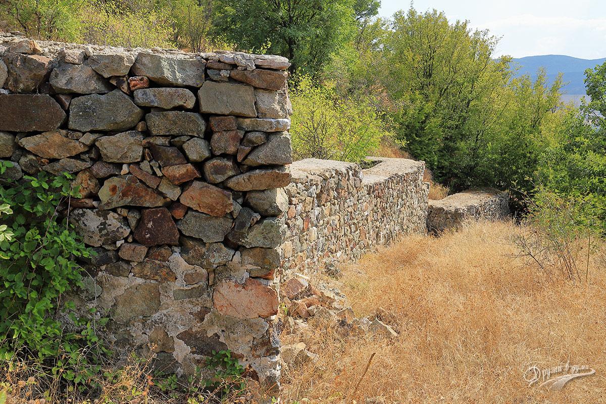 Крепост Красен