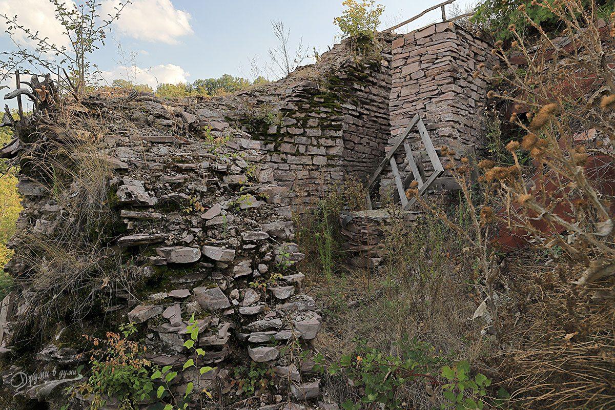 Крепост Банско кале - една от кулите